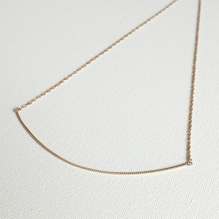 Curved Line 14K Gold Necklace