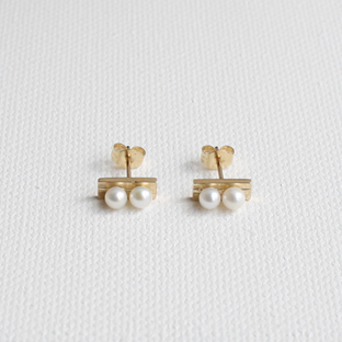 2/2 Pearls Line 14K Gold Earrings