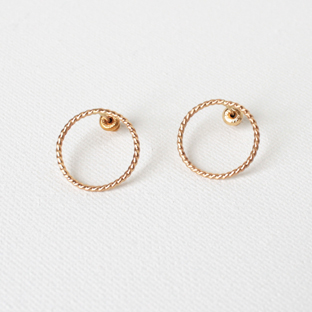 Medium Hoop 14K Gold Earrings