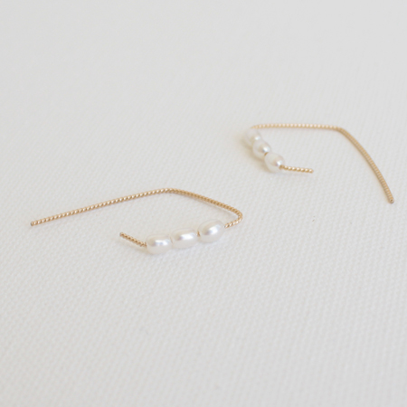 Rhombus Curved with Pearls 14K Gold Earrings