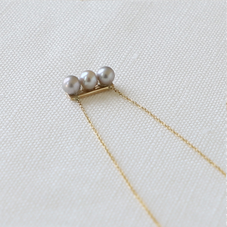 3 Gray Pearls Line 14K Gold Necklace