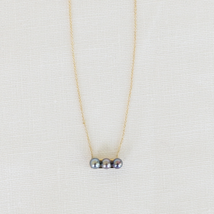 3 Black Pearls Line 14K Gold Necklace