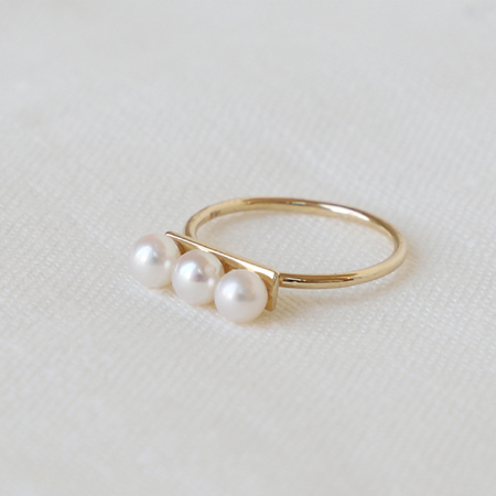 3 White Pearls Line 14K Gold Ring